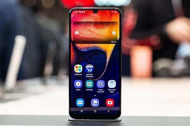 گوشی Samsung Galaxy A50 دو سیم کارت با ظرفیت 128 گیگابایت