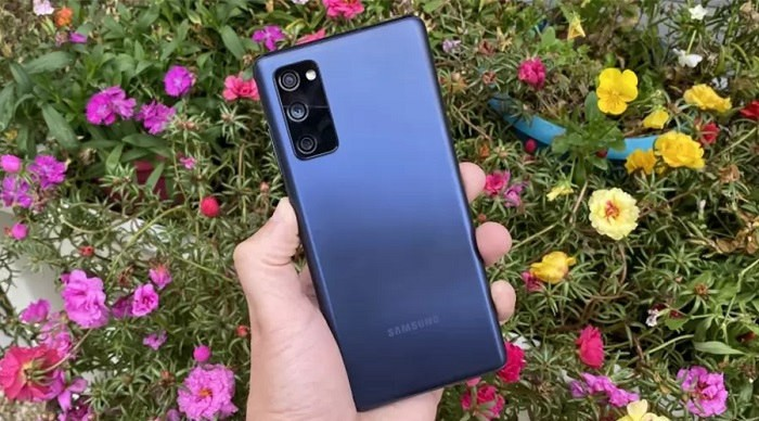 گوشی Samsung Galaxy S20 FE دو سیم کارت ظرفیت 8/256 گیگابایت
